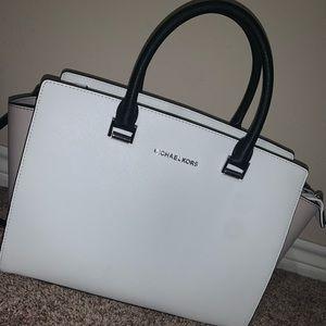 Michael kors large Selma handbag